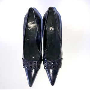NINE WEST Pointed Toe Buckle Heel Size 8